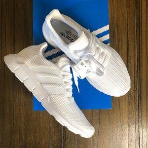 Adidas Swift Run White sneakers running shoes